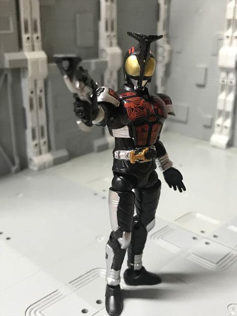 SHODO-O 仮面ライダーダークカブト 銃を構えるポーズ
