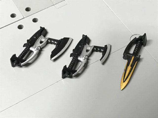 SHODO-O 仮面ライダーダークカブト 武器の3形態が彩色されている説明画像