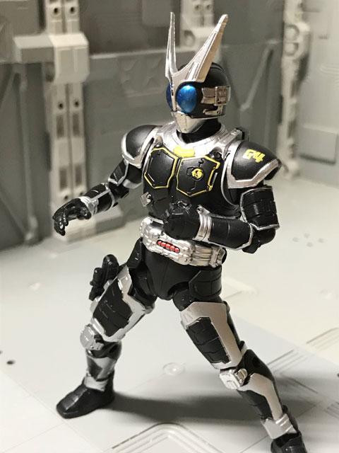 SHODO-O 仮面ライダーG4 型を構えたポーズ