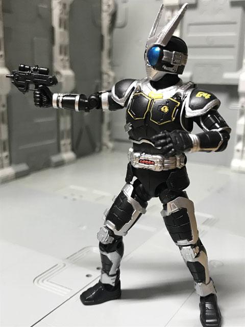 SHODO-O 仮面ライダーG4 銃を構えたポーズ2