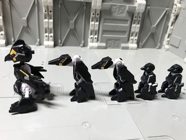 アニマギア6 02 ペンギオスの箱の中身のペンギンたちを並べみた